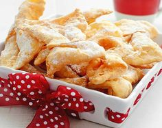 Aripi de înger – Chrusciki | Retete culinare - Romanesti si din Bucataria internationala