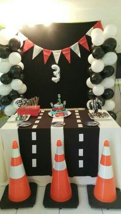62 ideas for disney cars birthday party ideas decoration etsy Hot Wheels Birthday, Race Car Birthday, Race Car Party, 3rd Birthday, Festa Hot Wheels, Hot Wheels Party, Disney Cars Party, Disney Cars Birthday, Car Themed Parties