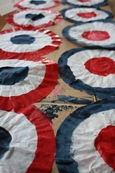 Katydid and Kid: Patriotic Fun: Coffee Filter Bunting Banner {Tutorial} #diy #4thofjuly #crafts | www.galapal.com