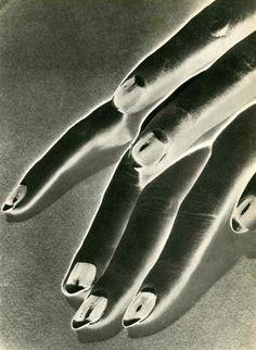 Man Ray - Study of Hands,1930 - negative solarization