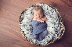 newborn photography Newborn Pictures, Baby Pictures, Baby Photos, Picture Ideas, Photo Ideas, Dreamy Photography, Baby Portraits, Baby Family, Newborns