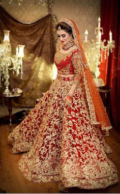Asian Fashion World Bridal Dulhan Makeup, Bridal Mehndi Dresses, Indian Bridal Outfits, Bridal Lehenga, Wedding Dresses, Bridle Dress, Asian Fashion, Designer Dresses, Fashion Dresses