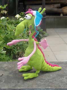 Ravelry: Bailey121208's (test) Elliot de draak 026 Dragon with a hat and scarf crochet pattern #LittleOwlsHut, #Dragon, #Astshova, #Amigurumi, #CrochetPattern, #DIY, #Toy,