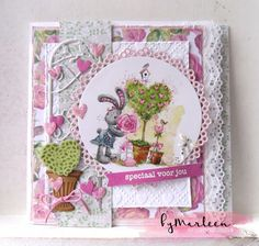 Handmade card by DT member Marleen with Creatables Hearts & Cotton Lace (LR0413), Lots of Love (LR0450), Craftables Cirkel (CR1201), Birds Trellis (CR1266) and Topiary Set (CR1303) from Marianne Design