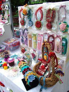 Doua zile in parcul Gradina Icoanei – Bucuresti, un weekend plin de culoare si creativitate handmade (20-21 mai 2017). Multumesc Madelena's Crochet pentru incurajare si pentru sustinere…