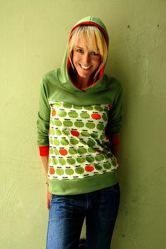 Das ist er - Unser Bestseller - der *Applehoodie Grün*   Dieser gemütliche Hoodie ist einfach ein Teil von uns. Seit 2009 gehört er praktisch mit zu unserem Team und jeder hat einen.  Das tolle...