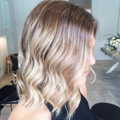 Wavy Lob with Blonde Sombre Effect