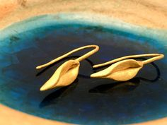 Minimalist organic/rustic leaves by MatanaJewelry on Etsy