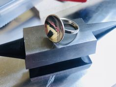 Am Anfang steht die Handarbeit. Hier entsteht ein Sterling Silber Ring in unserem Atelier in München.  #handmade #handarbeit #schmuck #jewelry #jewellery #silver #silber #münchen #munich #metall #metal Rings For Men, Handmade, Jewelry, Atelier, Metal, Handarbeit, Men Rings, Hand Made, Jewlery