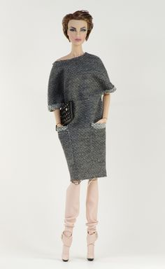 (FR2 body) inc. dress, boots, purse.