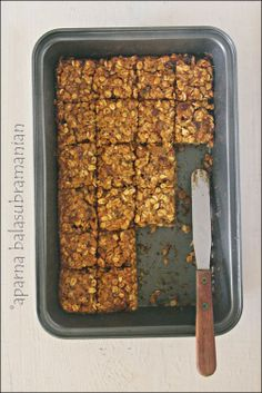 Banana Oat Bars and giveaway of Naturally Sweet & Gluten-Free!