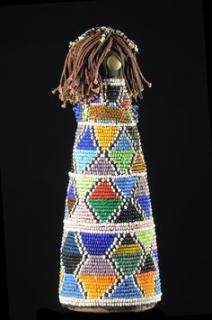 Afrique Art, African Dolls, Gourd Art, Ethnic Jewelry, Art Dolls, South Africa, Folk Art, Objects, Chiffon