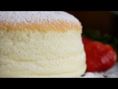 This Jiggly Fluffy Japanese Cheesecake Is What Dreams Are Made Of. I don't know what this is but it looks fuckin delicious (Baking Cheesecake Recipe) Japanese Jiggly Cheesecake Recipe, Japanese Fluffy Cheesecake, Uncle Tetsu Cheesecake Recipe, Japanese Cheescake, Japanese Fluffy Pancakes, Savoury Cake, Cupcake Cakes, Food Cakes, Sweet Tooth