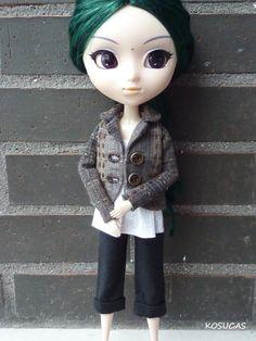 Jacket pants and top for Pullip dolls. por Kosucas en Etsy
