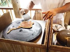 Six Senses Laamu manta pancake Pancake Art, Griddle Pan, Maldives, Pancakes, Berries, Breakfast, Ocean, Food, The Maldives