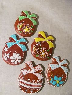 Easter Cookies, New Tricks, Desserts, Christmas, Cakes, Tips, Wafer Cookies, Crack Crackers, Xmas