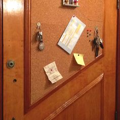 Cheap and easy Door memo board w/ key hanger made of keys !!