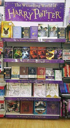 Harry Potter Nails, La Saga Harry Potter, Mundo Harry Potter, Harry Potter Decor, Harry Potter Drawings, Harry Potter Tumblr, Harry Potter Pictures, Harry Potter Aesthetic, Harry Potter Books