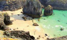 10 of the best coastal swimming spots in Devon and Cornwall Cornwall England, Devon And Cornwall, West Cornwall, Devon Uk, Devon Holidays, Cornwall Holidays, School Holidays, Cornwall Beaches, Uk Beaches