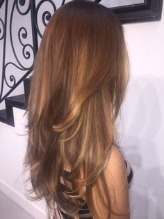 What kind of hairstyle is suitable for long-faced girls? These nine hairstyles are absolutely beautiful. – Page 13 – Hairstyle Brown Hair Cuts, Brown Hair Looks, Honey Brown Hair, Light Brown Hair, Light Hair, Carmel Brown Hair, Golden Brown Hair, Ombre Hair, Balayage Hair