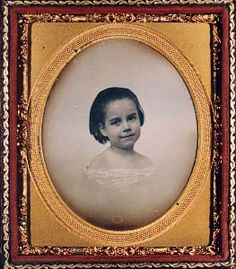 Daguerreotype of a young girl.