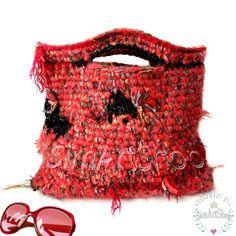 #crochet #crochetbag #red #redbag #bags #bagsandpurses #handmade #handmadebags #uniquebags #crochethandbag #knittedbag #uniquestyle #ooak #largetote #handknitbag #onlinebags #freeshipping #handmadegifts #giftforher #giftformother #womanbags #shopperbag #markettote #simartshop Crochet Bags, Crochet Gifts, Crochet Purses, Etsy Handmade, Handmade Gifts, Freeform Crochet, Red Bags, Etsy Crafts, Creative Gifts