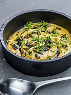 Avokadodip - næringsbombe og nytelse – Berit Nordstrand Danish, Ramen, Japanese, Ethnic Recipes, Food, Japanese Language, Danish Pastries, Essen, Meals