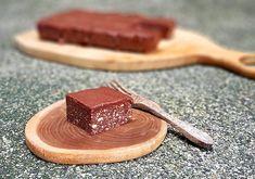 Лесна рецепта за шоколадово брауни - сурово, веган и без глутен Food To Make, Homemade, Healthy, Hand Made, Do It Yourself