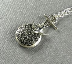 Silver Round Locket Atinque Finshed Flowers by Maniadesign on Etsy, $21.50