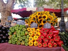 Aix en provence market stall - gorgeous peppers!