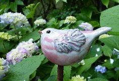 Keramik - STECKVOGEL rosa - ein Designerstück von Brigitte_Peglow bei DaWanda