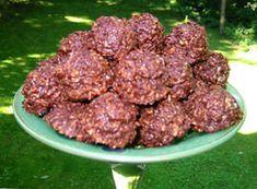 Przepis na makaroniki czekoladowo-kokosowe - MniamMniam.com Coca Cola, Beef, Ethnic Recipes, Food, Meat, Coke, Essen, Meals, Yemek