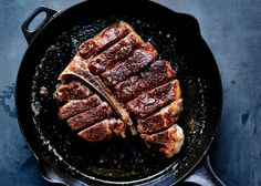 Love Your Pan: What to Cook (and What Not to) in a Cast Iron photo