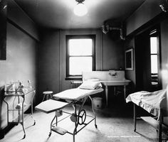 The doctor will see you now - a peek inside an exam room at Cleveland Clinic in 1921. #tbt #clevelandclinic #healthcare