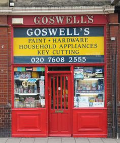 Blog with a collection of pictures of  charmingly individual London Shop Fronts