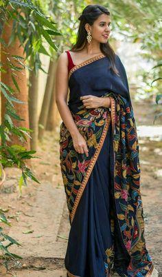 Buy House Of Blouse Navy blue pure crepe saree with handpainted Kalamkari cross pallu online in India at best price. We can never get enough of Kalamkari patch works. This navy blue pure crepe beauty is an ode to our Ethnic Sarees, Indian Sarees, Indian Bollywood, Bollywood Style, Bengali Saree, Bollywood Fashion, Crepe Saree, Cotton Saree, Cotton Silk