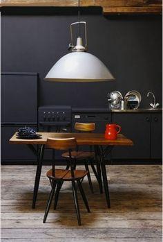 Modern black kitchen and dining nook. Deco Design, Küchen Design, Layout Design, House Design, Design Ideas, Interior Exterior, Kitchen Interior, Interior Architecture, Kitchen Decor