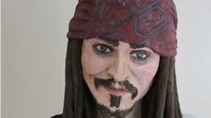 Johnny Depp cake: Woman bakes giant Jack Sparrow