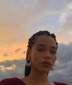 Hairstyles and Beauty: The Internet`s best hairstyles, fashion and makeup pics are here. Beauty Makeup, Hair Makeup, Hair Beauty, Pretty People, Beautiful People, Foto Casual, Foto Pose, Mode Style, Black Girl Magic