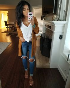 Likes, 913 Comments - Monica Gabriela Mom Outfits, Casual Fall Outfits, Fall Winter Outfits, Everyday Outfits, Stylish Outfits, Spring Outfits, Fashion Outfits, Dinner Date Outfit Casual, Cute Outfits With Jeans