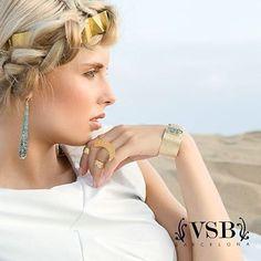Tocado, pendientes, pulsera y anillos de VSB. #pendientes #swarovski #bañooro18k #anillos #vsbbarcelona #pulseras #complementos #tocados
