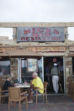 12 Best Florida Beach Bars   Nick's Bar & Grill   Hollywood Beach on the Broadwalk