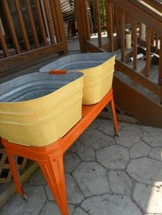 painted wash tubs made by @chickswhopick
