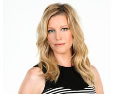 Anna Gunn is an American actress, best known for her role as Skyler White on the AMC drama series Breaking Bad, for which she won the Emmy Award for Outstanding Supporting Actress in a Drama Series in Celebrity Look, Celebrity Pictures, Anna Gunn, Celebs, Celebrities, Breaking Bad, Height And Weight, American Actress, Health Fitness