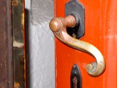 Safety should be the first concern while choosing for #doorlocks.