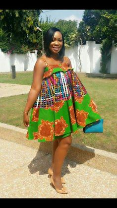 Hello, here are some lovely ankara gowns that will make you look sweet this week. These ankara gowns come in different styles and designs just to give you that fresh look you deserve. Latest African Fashion Dresses, African Dresses For Women, African Print Fashion, Africa Fashion, African Attire, African Women, Cosmopolitan, Maternity Fashion, Maternity Outfits