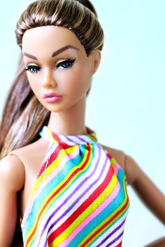 https://flic.kr/p/JDkSS5   Simple summer shot   With just a little time to snap a photo today, Irresistible in India Poppy Parker (rerooted by SalvadorLA) helps me out.  Dress by Mattel.