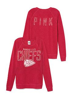 guess I need to submit to my husband and become a Chiefs fan. Kansas City Chiefs Game, Chiefs Football, Team Wear, Winter Wardrobe, Autumn Fashion, Women's Fashion, Winter Outfits, Style Me, Sportswear