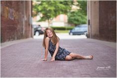 preteen photography, photo ideas for preteen photography, tween photo ideas, Downtown Noblesville,