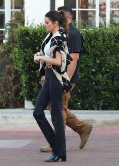 Kendall Jenner Style, Models Off Duty, Travel Style, Kardashian, My Girl, Punk, Street Style, Style Inspiration, Fashion Tips